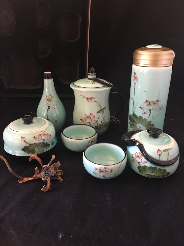 Chinese Tea Set With Two Tea Cups