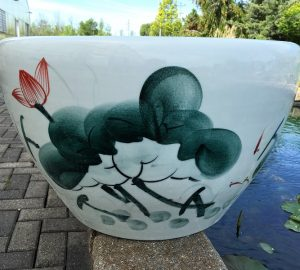 Chinese lotus Pot- Freehand Brushwork Lotus (M-4)