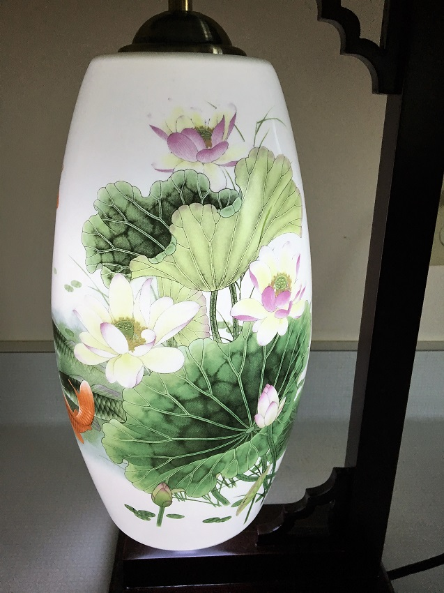 Porcelain lamp lotus with red chinese carp bergen water for Koi pond plants for sale