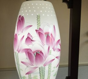 Porcelain Lamp Red Lotus #13